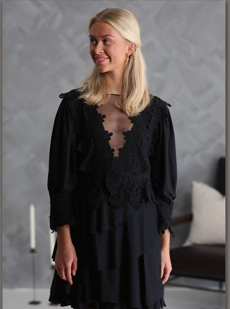Pia Tjelta Nessi kjole | FINN.no