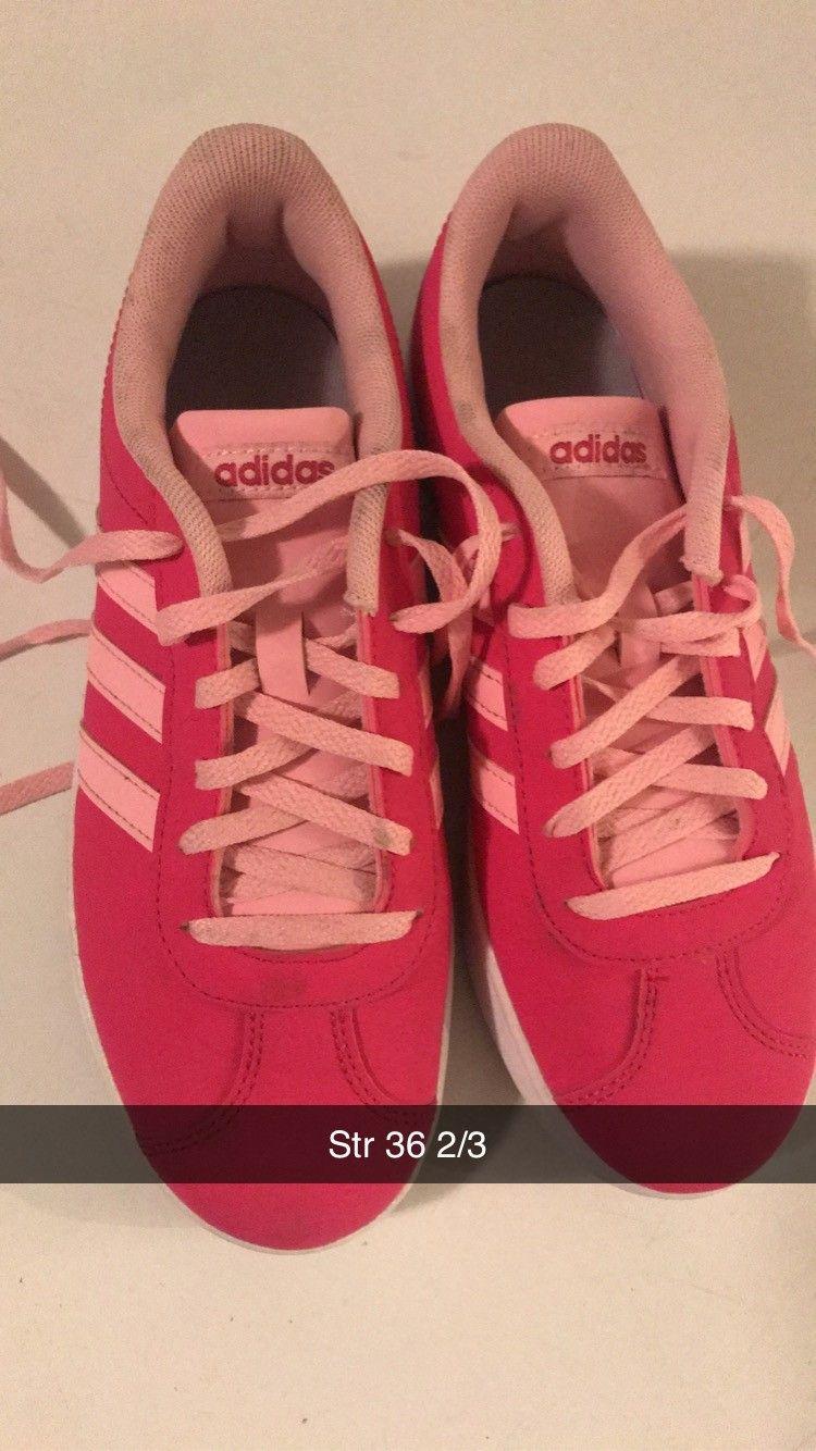 Adidas sko jente 100kr | FINN.no