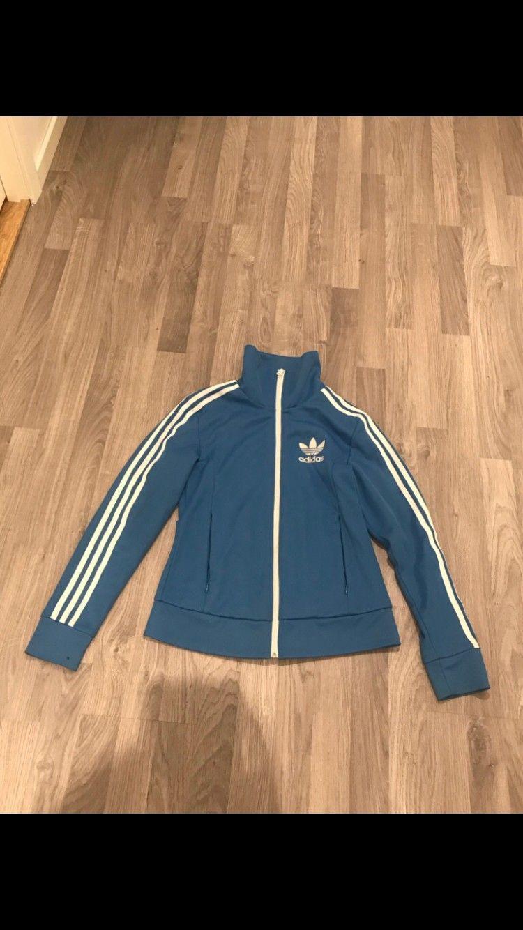 Adidas jakke, brukt en gang. | FINN.no