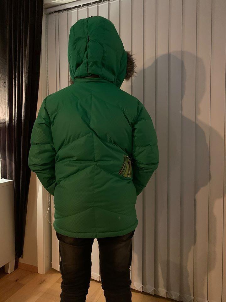3 jakker selges til kr 200 passer til 9 11 års alder | FINN.no