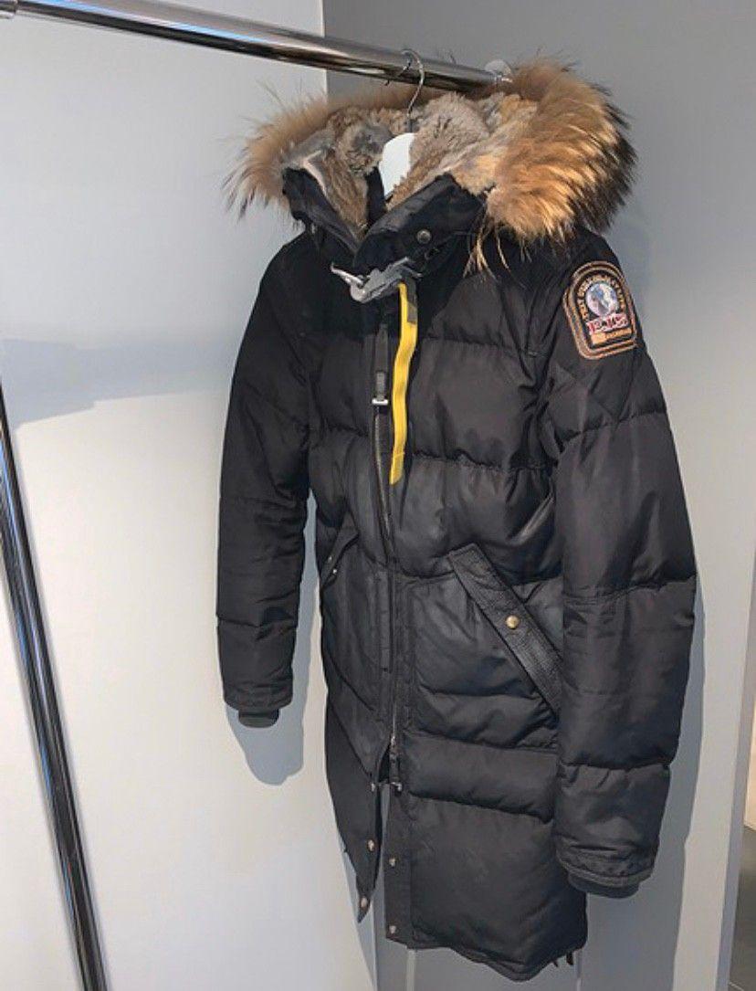 Selger en meget fin parajumper jakke | FINN.no