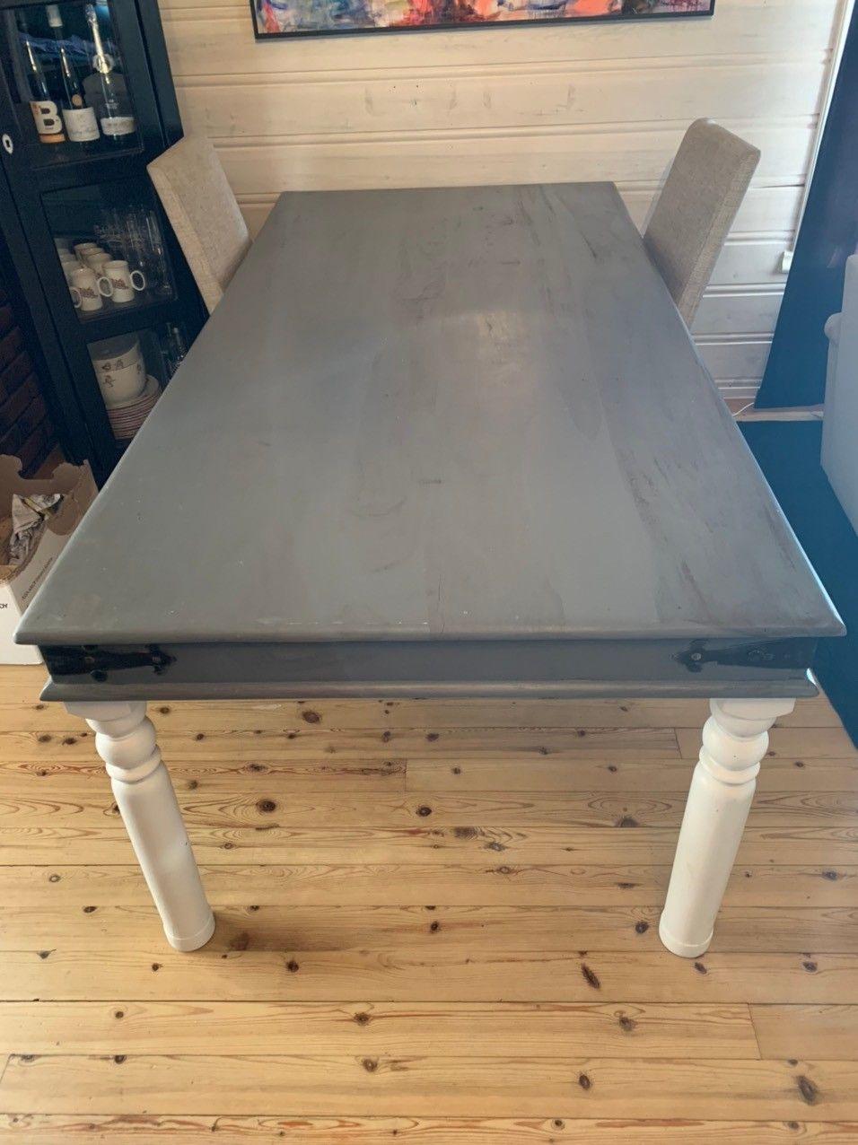 Spisebord med 6 stoler. | FINN.no