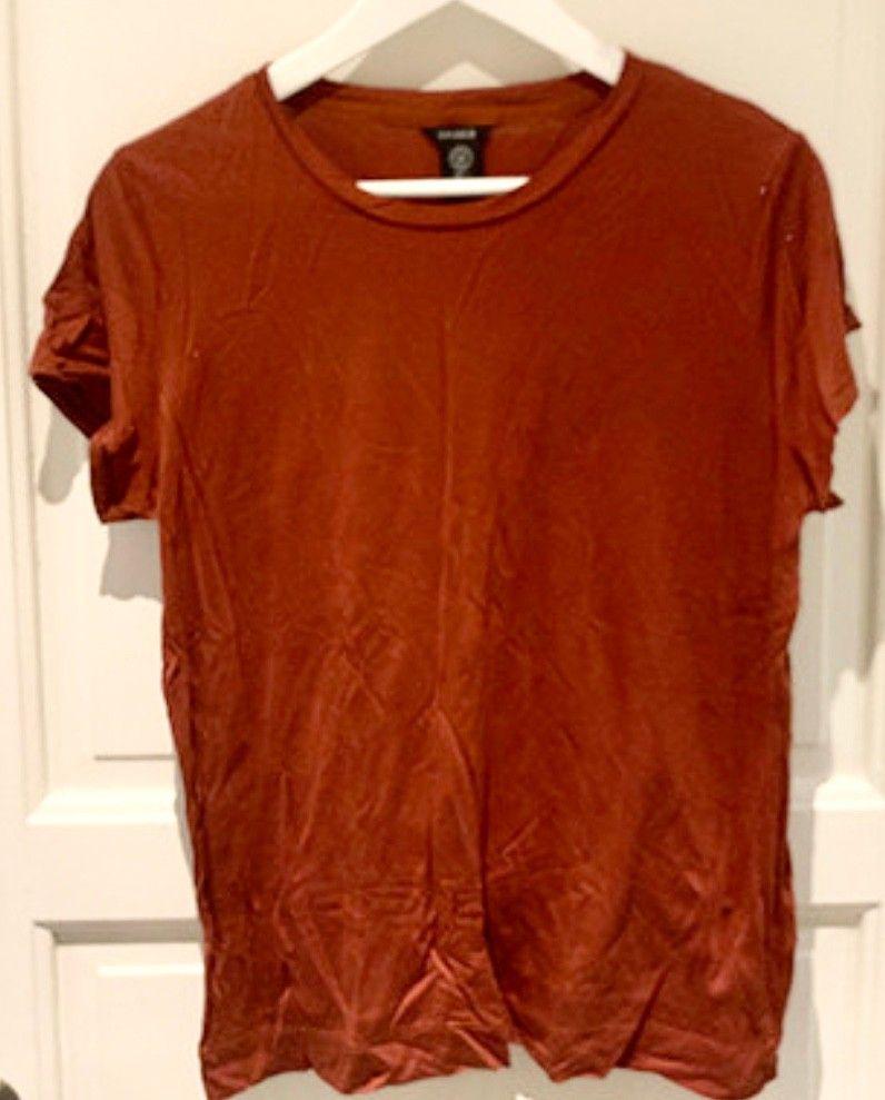 Oransje t skjorte til dame fra KappAhl str. L | FINN.no
