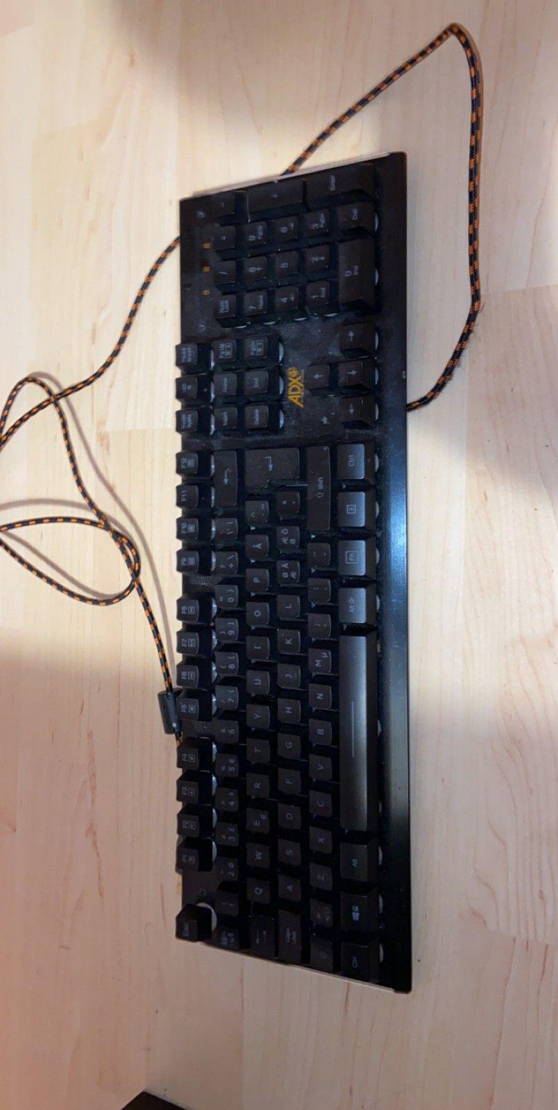 Firefight ADX Gaming Tastatur   FINN.no