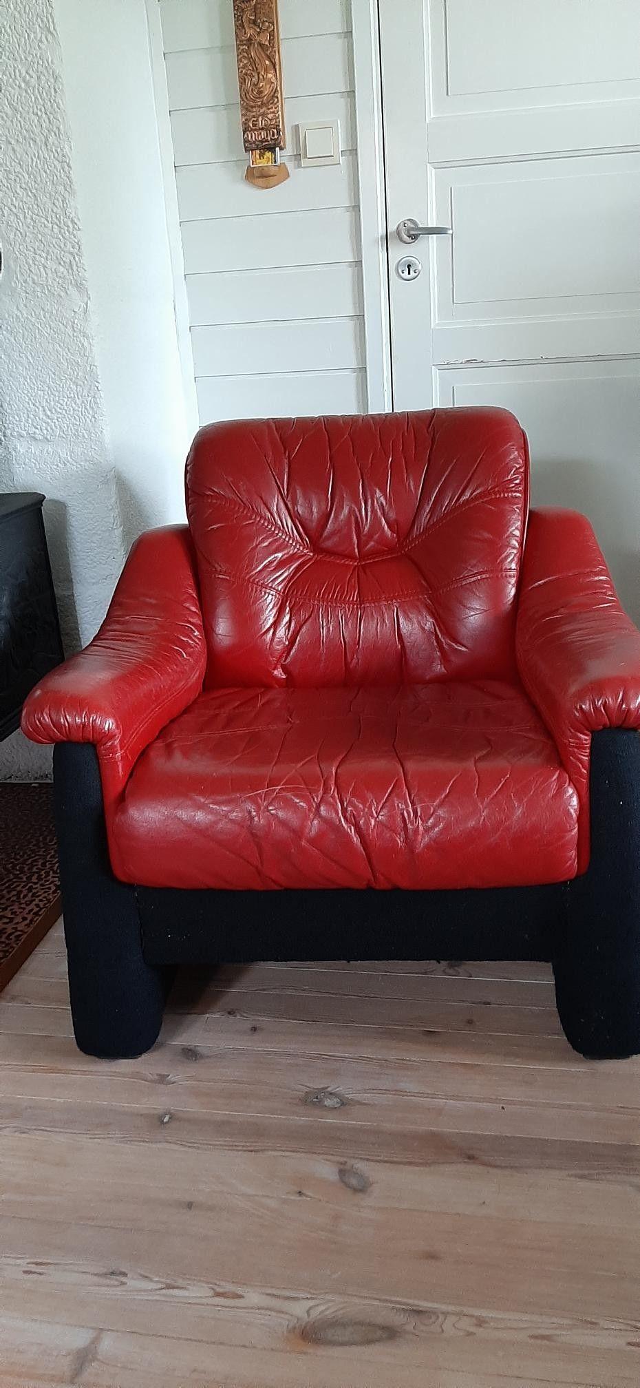 Rød skinn stol   FINN.no