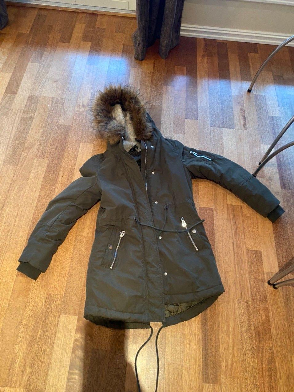 Vinterjakke fra H&M. Str. 170cm | FINN.no