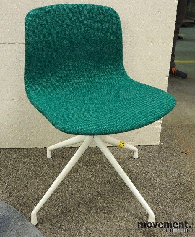 19 stk Hay About a chair AAC10 konferansestol i grønt stoff