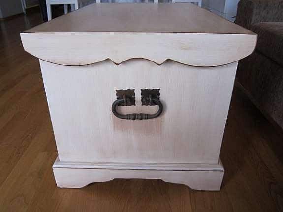 Kvalitetsmøbel fra Kistefos Møbler på Dokka med flotte håndlagde detaljer