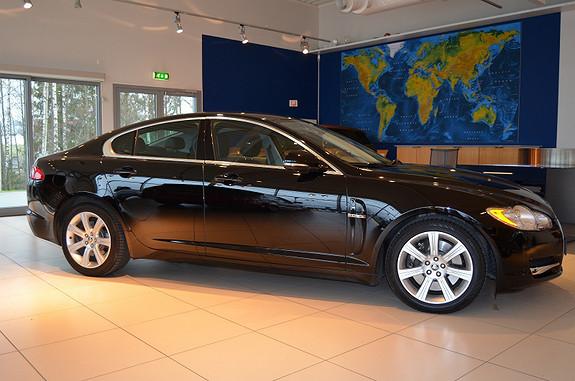 Jaguar XF 3,0 D Premium Luxury  2011, 67000 km, kr