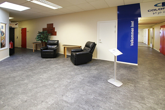 Kontor/produksjonslokale til leie 189 m2, STOR gratis parkering.