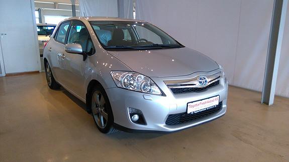 Toyota Auris 1,8 Hybrid E-CVT Active Go navi PEN BIL, AUT.GEAR/HYBRID, ORIGINALT SYKKELSTATIV.  2012, 48200 km, kr 179000,-