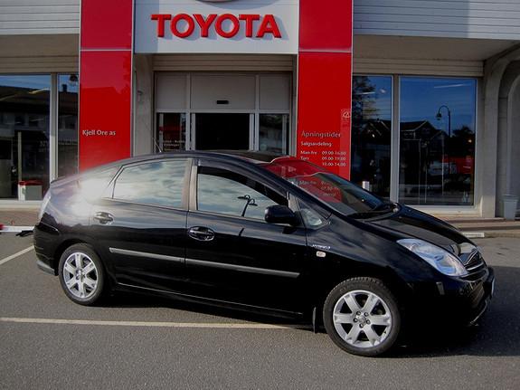 Toyota Prius 1,5 Executive m/navi og sykkelstativ  2004, 206200 km, kr 79000,-
