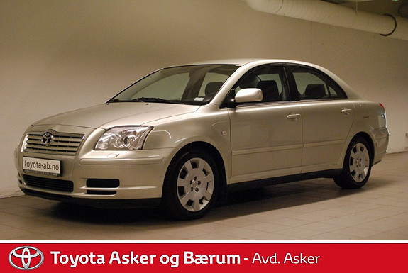 Toyota Avensis 1,6 Business  2004, 130300 km, kr 69000,-