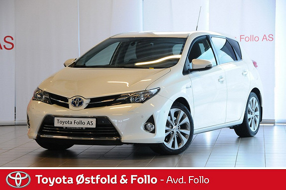 Toyota Auris 1,8 Hybrid E-CVT Executive Bilen fremstår som ny  2013, 33492 km, kr 259000,-