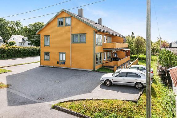 Leiegård med 4 fire godkjente boenheter og gangavstand til sentrum.Haugesund - Sentralt.