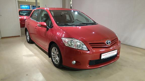 Toyota Auris 1,4 D-4D (DPF) Advance PEN BIL, KLIMA, HENGERFESTE  2010, 91700 km, kr 129000,-