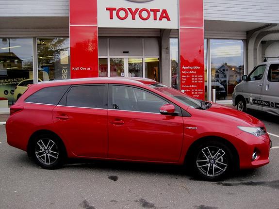 Toyota Auris Touring Sports 1,8 Hybrid Active+ m/sensorpk. LAV KM  2015, 2060 km, kr 289000,-