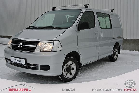 Toyota HiAce D-4D 5-d 117hk 4WD kort Hengerfeste, AC, Brukltbilgaranti.  2010, 114000 km, kr 199000,-