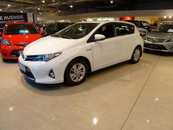 Toyota Auris 1.8 VVT-i Hybrid Active Navigasjon 136 HK  2013, 25966 km, kr 219000,-