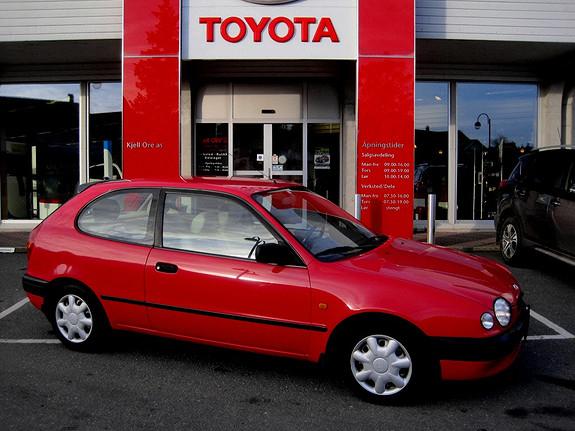 Toyota Corolla 1,3 Terra Hengerfeste  1998, 212027 km, kr 29500,-