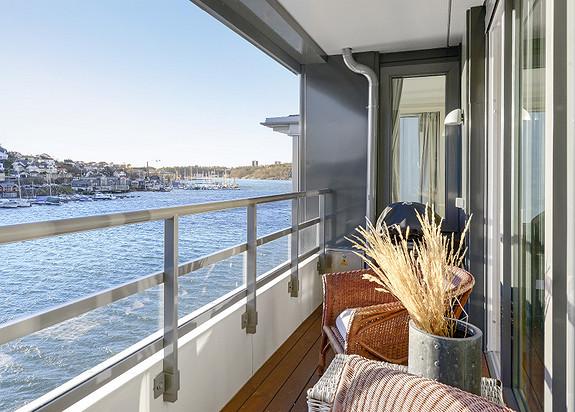 """Kilen Brygge - Lys og lekker leilighet i B-oppgangen   5. etasje med balkong   """" ALL-inclusive"""" fellesutgifter"""