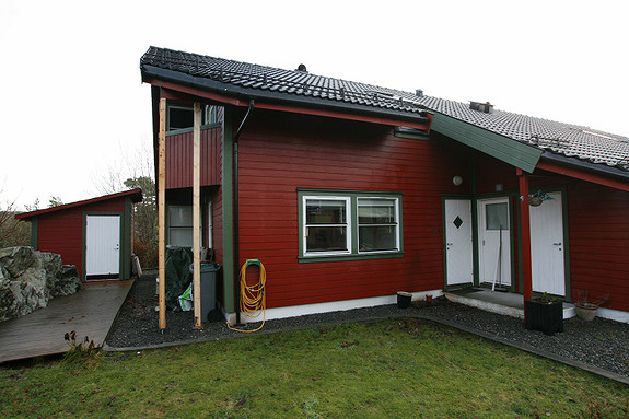 Nyrenovert 5-roms på Sandsli m/garasje