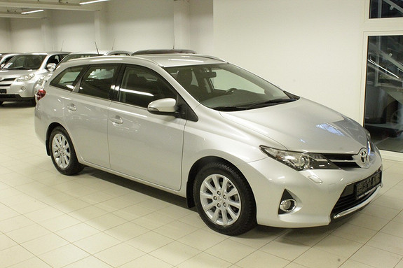 Toyota Auris Touring Sports 1,6 Active  2013, 39 946 km, kr 219 000,-