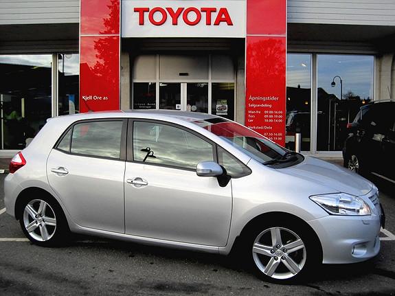 Toyota Auris 1,6 Valvematic Executive LAV KM, Navi  2010, 32368 km, kr 169000,-