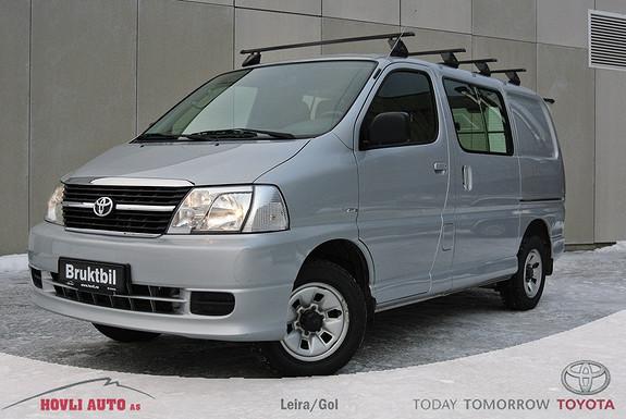 Toyota HiAce D-4D 5-d 117hk 4WD kort Hengerfeste - EU ok til 2017 - A/C - 1 års garanti!  2009, 105094 km, kr 179900,-