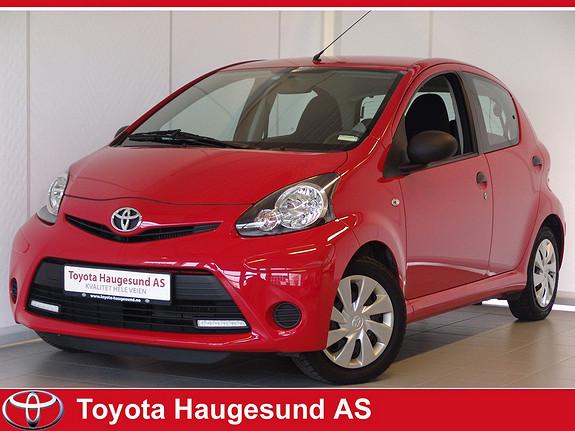 Toyota Aygo 1,0 5-d Norsk bil - GARANTI - drivstoffgjerrig og driftssikker!  2013, 22016 km, kr 109000,-