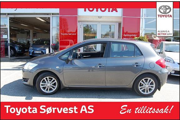 Toyota Auris 1,33 Dual VVT-i  Silver-Edition  2012, 33900 km, kr 179000,-