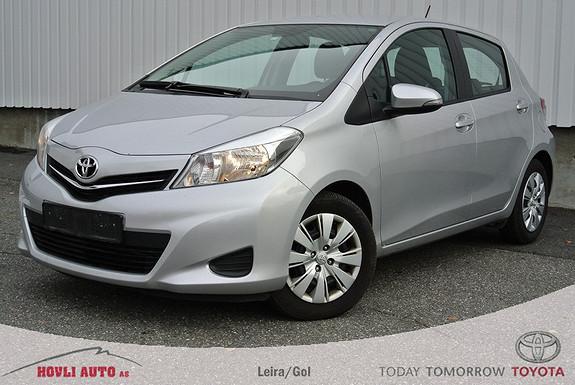 Toyota Yaris 1,33 Active med AC. Nybilgaranti. Nye vinterdekk på alufelg.  2012, 35000 km, kr 169000,-