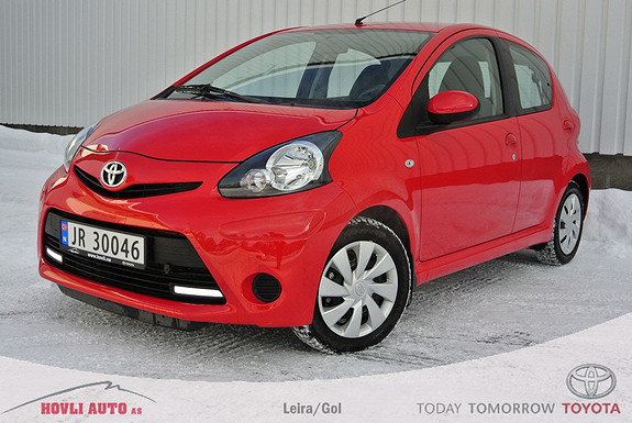 Toyota Aygo 1,0 + 5-d AC, Motor varmer/kupevifte. Pen bil. Nybilgaranti. Vinterdekk med pigg.  2012, 6000 km, kr 109000,-