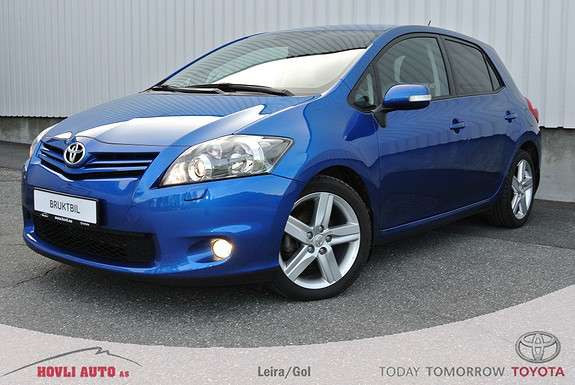 Toyota Auris 1,4 D-4D (DPF) Kuro S-Edition med servicehefte og bruktbilgaranti. Bilen er pen.  2011, 45600 km, kr 179000,-