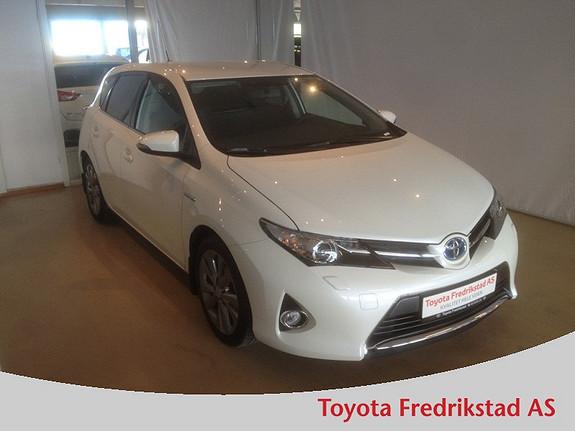 Toyota Auris 1,8 Hybrid E-CVT Active Go navi MEGET PEN HYBRID, KUN KJØRT 17000 KM  2013, 17000 km, kr 239000,-