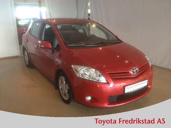 Toyota Auris 1,4 D-4D (DPF) Advance MEGET PEN BIL, LAVT FORBRUK  2011, 55200 km, kr 169000,-