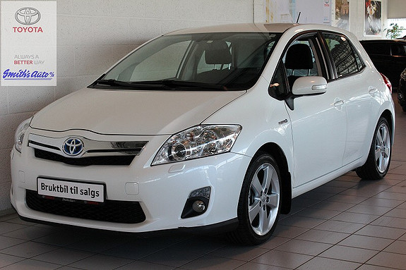 Toyota Auris 1.8 EXECUTIVE HYBRID  2011, 52000 km, kr 185000,-
