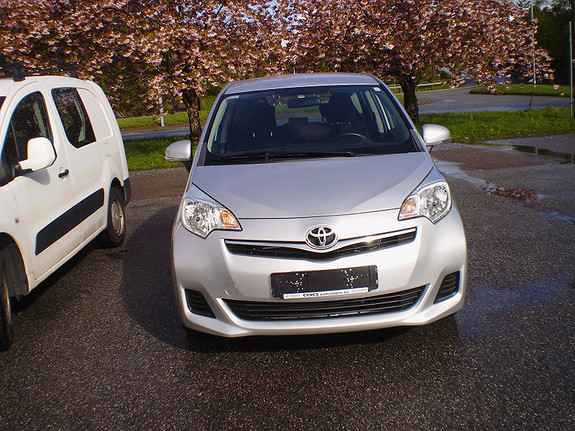 Toyota Verso-S Advance  2011, 66000 km, kr 157563,-