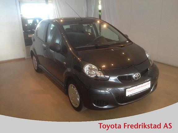 Toyota Aygo 1,0 5-d   MEGET PEN BIL, KUN KJØRT 37100 KM  2012, 37100 km, kr 109000,-
