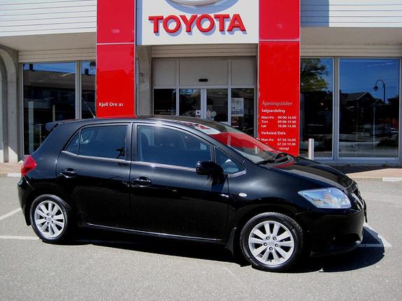 Toyota Auris 1,6 VVT-i Executive  2007, 152578 km, kr 119000,-