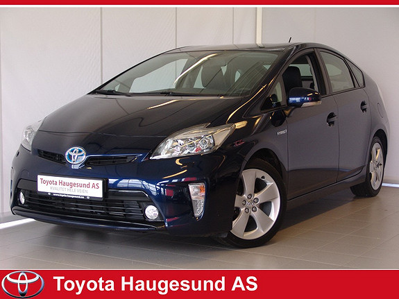 Toyota Prius 1,8 VVT-i Hybrid Executive Navi, Xenon, Skinn, kamera, cruise, HeadUpDisplay +++  2013, 32011 km, kr 250000,-