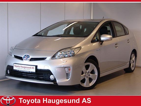 Toyota Prius 1,8 VVT-i Hybrid Executive Navi, kamera, Bluetooth, Xenon, HeadUpDisplay, skinn ++  2013, 30829 km, kr 250000,-