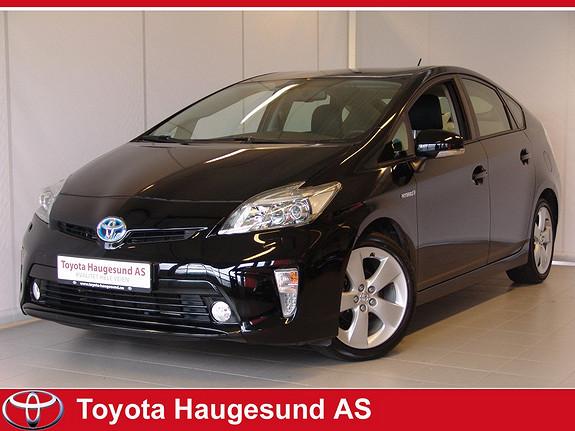 Toyota Prius 1,8 VVT-i Hybrid Executive Navi, kamera, Bluetooth, Xenon, HeadUpDisplay, skinn ++  2013, 31242 km, kr 250000,-