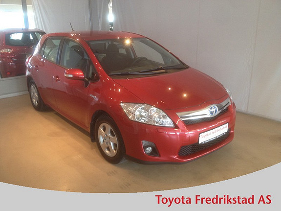 Toyota Auris 1,8 Hybrid E-CVT Active Go navi PEN HYBRID/AUT.GEAR  2012, 71700 km, kr 189000,-