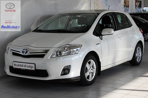 Toyota Auris 1.8 ADVANCE M/RYGGEKAMERA OG NAVI  2012, 36000 km, kr 199000,-