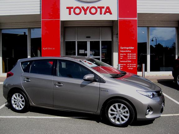 Toyota Auris 1,8 Hybrid E-CVT Active  2013, 32109 km, kr 239000,-