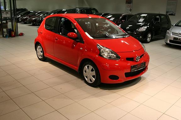 Toyota Aygo 1,0 + 5-d AC og Antispinn ++  2011, 49272 km, kr 105000,-