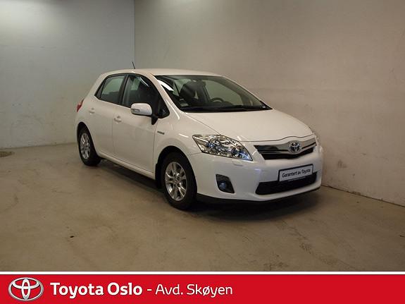 Toyota Auris 1,8 Hybrid Executive HSD  2012, 31240 km, kr 199900,-