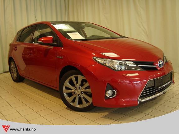 Toyota Auris 1,8 Hybrid E-CVT Executive  2013, 50647 km, kr 226400,-