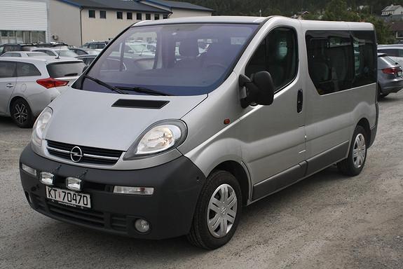 Opel Vivaro 1,9 DTI lang  2003, 172353 km, kr 30000,-
